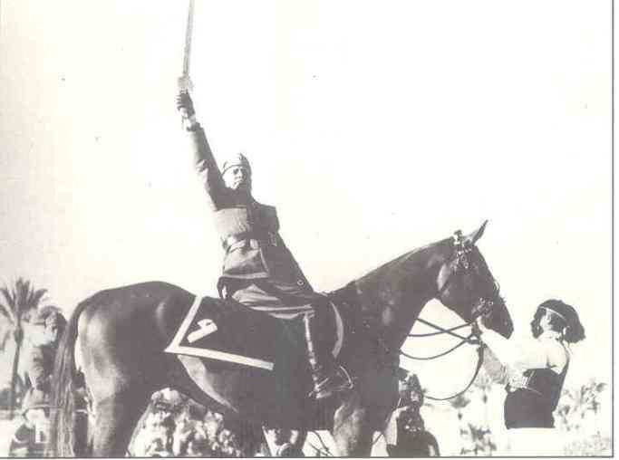 Mussolini_1